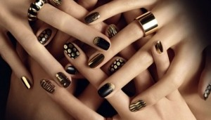 manos-unas-pintadas-231208