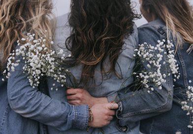 Lo dice la ciencia: tener hermanas mujeres te hace más alegre y optimista