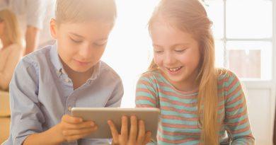 Estudio: Los niños que pasan siete horas con celulares son menos inteligentes